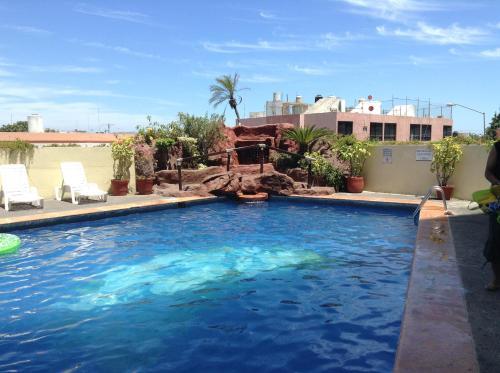 Piscina en o cerca de Hacienda Mazatlán sea view