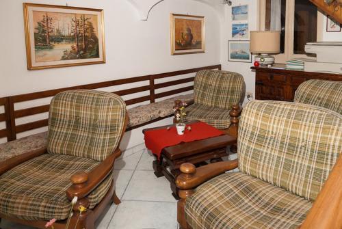 A seating area at Hotel Del Postiglione
