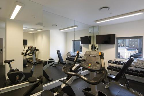 The fitness center and/or fitness facilities at BreakFree on Cashel