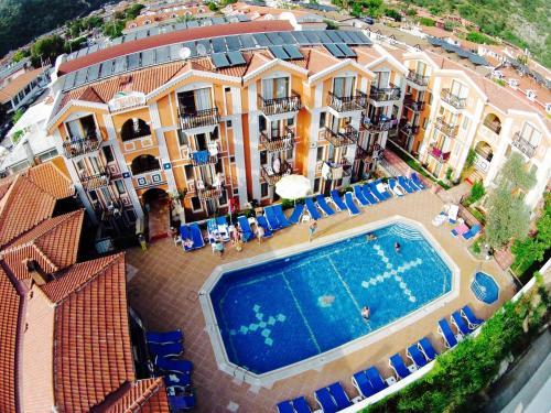 A bird's-eye view of Magic Tulip Beach Hotel