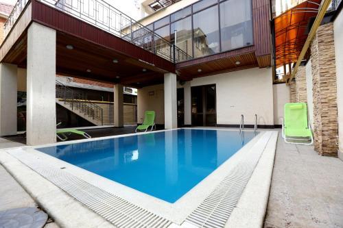 Бассейн в Hotel Palanga или поблизости