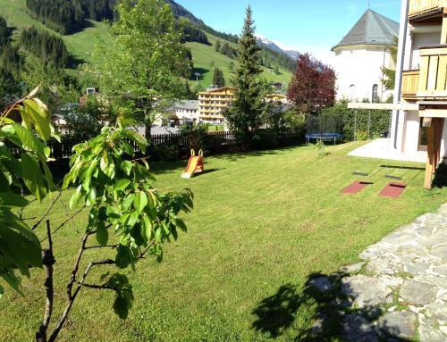 A garden outside Haus Willibald