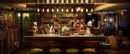 De lounge of bar bij Hotel B Berdichevsky