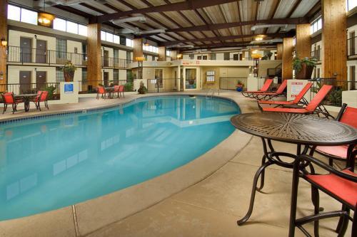 The swimming pool at or near Northwest Inn