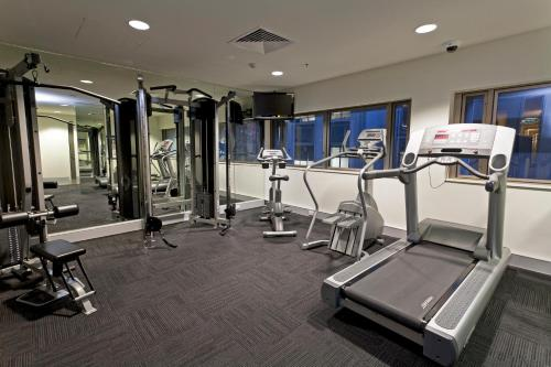 The fitness center and/or fitness facilities at Causeway 353 Hotel