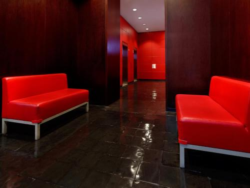 Et opholdsområde på Bryant Park Hotel