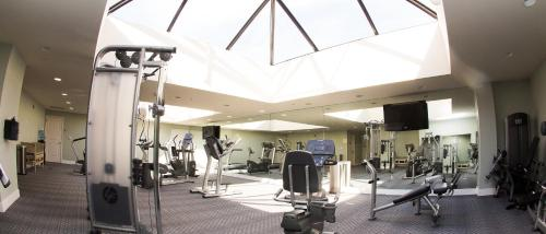 The fitness center and/or fitness facilities at Oceano Hotel and Spa Half Moon Bay Harbor