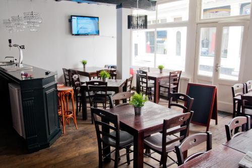 Een restaurant of ander eetgelegenheid bij City Hostel Vlissingen