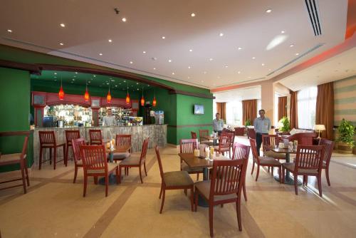 Ресторан / где поесть в Concorde Moreen Beach Resort
