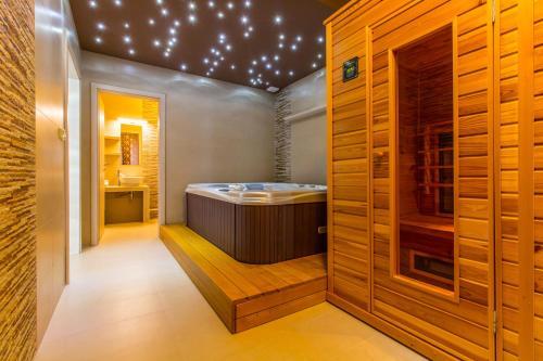 Lázně a/nebo wellness v ubytování Hotel Krystal