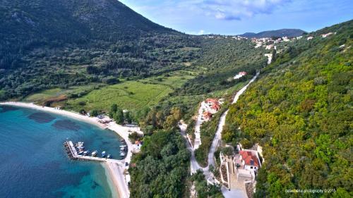 Άποψη από ψηλά του Poli Home