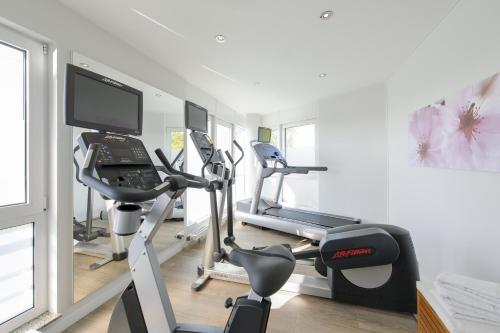 The fitness center and/or fitness facilities at Mercure Kamen Unna