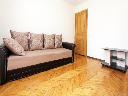 Гостиная зона в ApartLux Leninsky Suite