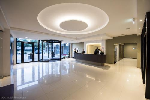 The lobby or reception area at Ozo Hotel