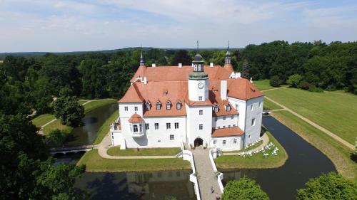 Blick auf Schlosshotel Fürstlich Drehna aus der Vogelperspektive