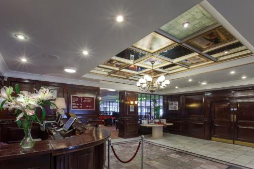 The lobby or reception area at Hampstead Britannia