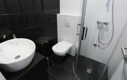 A bathroom at Boutique Hostel Alegria