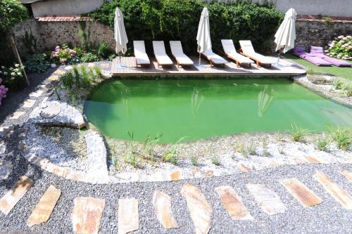 The swimming pool at or near Renaissancehotel Raffelsberger Hof B&B