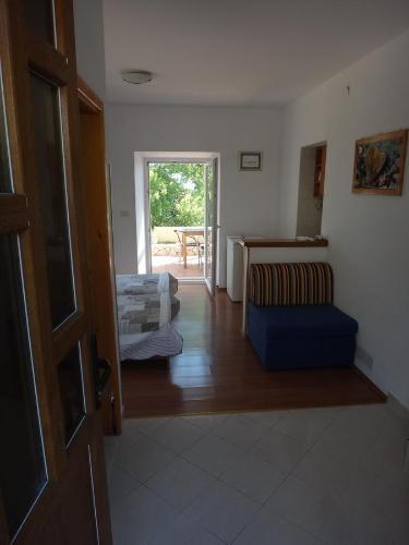 A seating area at Laguna Apartment