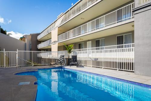 The swimming pool at or near Albacore Apartments
