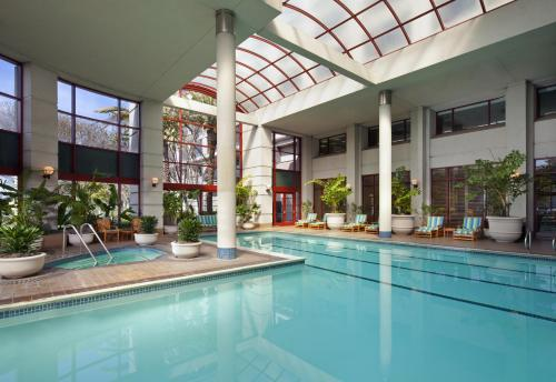 The swimming pool at or near The Westin San Francisco Airport
