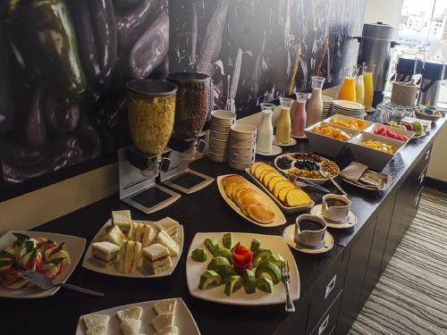 Breakfast options available to guests at Del Pilar Miraflores Hotel