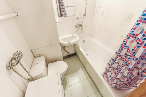 A bathroom at Apartment in Yugo-Zapadnaya