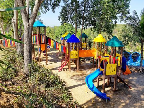 Parquinho infantil em Acquamarine Park Hotel