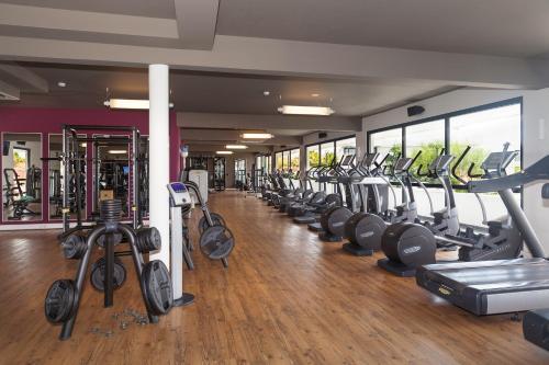 Het fitnesscentrum en/of fitnessfaciliteiten van Papagayo Beach Resort