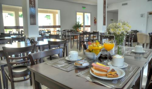 A restaurant or other place to eat at Laplace Hotel