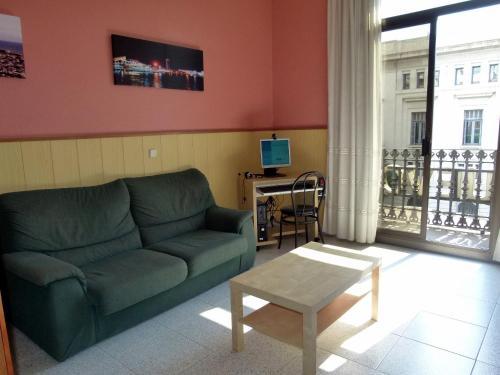 A seating area at Hostal Nuevo Colon