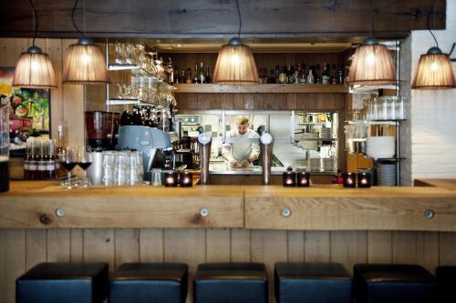 De lounge of bar bij Hotel Wesseling