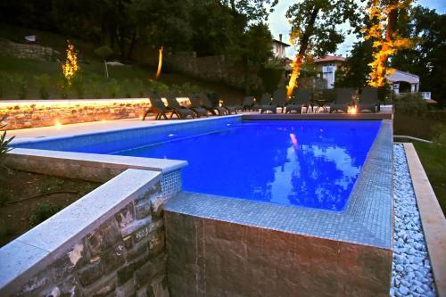 Villa Aristonの敷地内または近くにあるプール