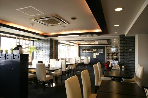 A restaurant or other place to eat at Hotel Kajigaya Plaza