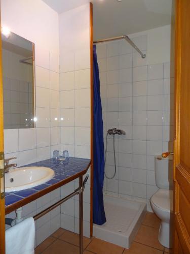 A bathroom at Les Santolines