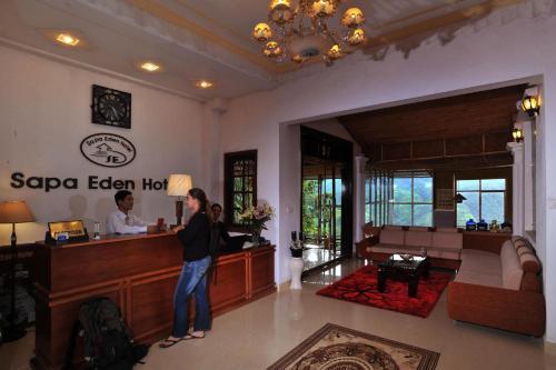 Лобби или стойка регистрации в Sapa Eden Hotel