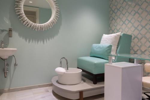 A bathroom at The Break Hotel