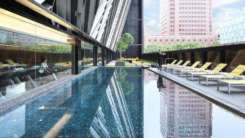 The swimming pool at or close to Grand Park Orchard (SG Clean)