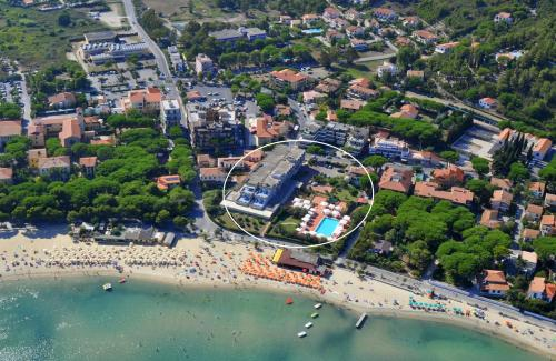 A bird's-eye view of Hotel Select
