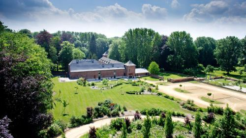 A bird's-eye view of Hotel Le Val-Fayt