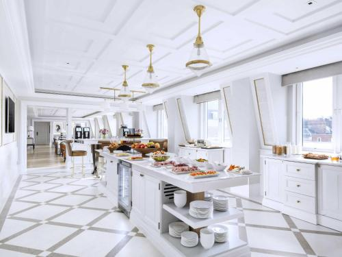 A restaurant or other place to eat at The Langham London