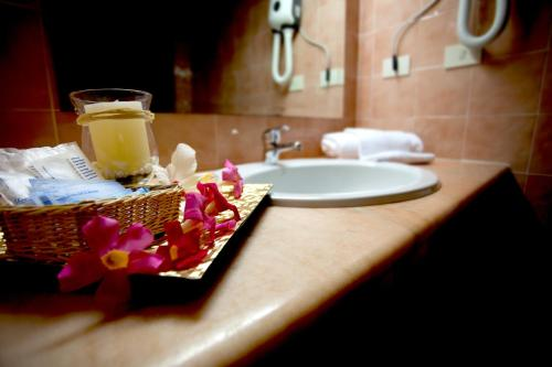 A bathroom at Hotel Moderno