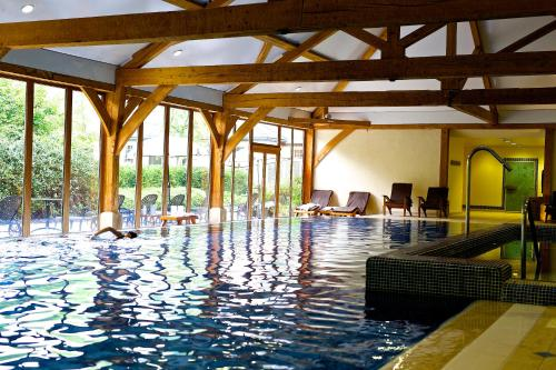 The swimming pool at or close to Luton Hoo Hotel, Golf and Spa