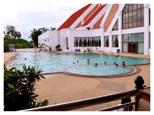 The swimming pool at or near Rimpao Hotel