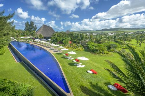 A view of the pool at SO Sofitel Mauritius or nearby