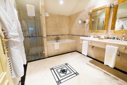 럭셔리 패밀리 호텔 로열 팰리스 욕실