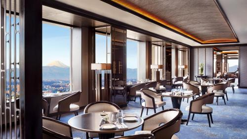 A restaurant or other place to eat at The Ritz-Carlton, Tokyo