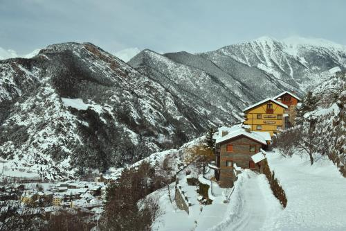 Hotel Babot during the winter