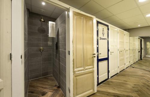 A bathroom at CityHub Amsterdam