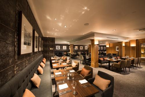 A restaurant or other place to eat at GoGlasgow Urban Hotel by Compass Hospitality